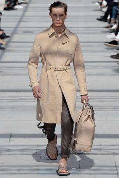 http://www.vogue.com/fashion-shows/spring-2017-menswear/louis-vuitton/slideshow/collection