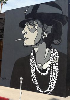 Coco Chanel by David Flores / Beverly Hills LA (Source: StreetArtNewsJapan ストリートアートニュース(日本語版): David Flores 新作ミューラル In ロサンゼルス (アメリカ)) - Thx Bo