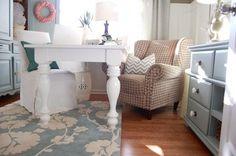 Comfy office. #inspiration #OiaDesign #HomeDecor