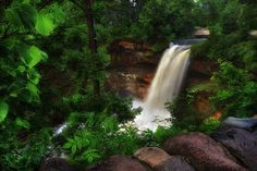 Morning' at Minnehaha by Bill Donovan on Capture Minnesota // I am always blown away that this majestic waterfall sits in the middle of a major metropolitan area - Minneapolis, MN