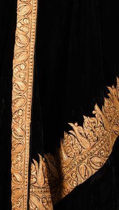 Kashmiri Gold Tilla Embroidered Black Silk-Velvet Dupatta With Suit Embroidery Suits Design, Embroidery Works, Hand Embroidery Designs, Kashmiri Shawls, Kashmiri Suits, Velvet Shawl, Velvet Suit, Velvet Dress Designs, Black Lehenga
