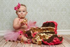 Lucy's 1st birthday cake smash