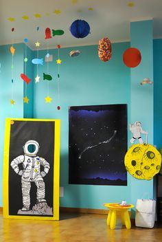 Astronaut / Outer Space Birthday Party Ideas | Photo 1 of 12 | Catch My Party
