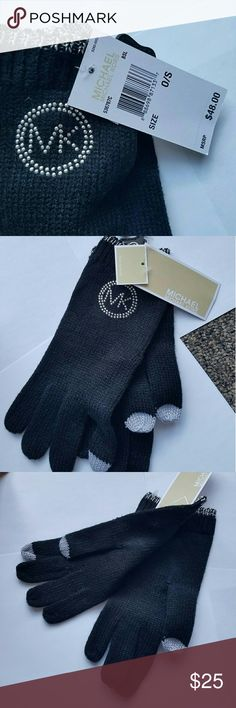 Michael Kors black gloves NEW WITH TAG Authentic Michael Kors gloves Tech gloves! Black with silver details  Simple chic and elegant   New with tag! $48 tag price Fall 2017 collection  P.S. check my closet more MK scarves, gloves and hats Michael Kors Accessories Gloves & Mittens