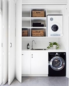 Laundry Room Design: The Ultimate Guide! - Laundry Room Design: The Ultimate Guide! How to design the perfect laundry room – Laundry design guide – Laundry ideas – Laundry storage Laundry Nook, Laundry Room Doors, Laundry Room Remodel, Laundry Closet, Laundry Room Organization, Laundry Storage, Bathroom Storage, Laundry Cupboard, Laundry Decor