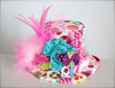 Candyland theme top hat instead of party hat