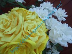 Wedding bouquet made of paper roses - Origami Wedding Design - Wedding Dekorations Origami Wedding, Boquet, Paper Roses, Wedding Designs, Wedding Bouquets, Wedding Decorations, Origami Paper, Flowers, Plants