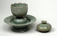 Korean Celadon Cup Stand with Oil Bottle (Koryo Dynasty)