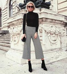 7 looks, how to wear a turtleneck sweater now - Mode - Outfits Paris Outfits, Mode Outfits, Fall Outfits, Casual Outfits, Fashion Outfits, Womens Fashion, Fashion Trends, Fashion Ideas, Classy Style Outfits