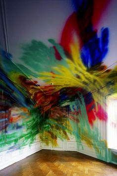 Painting/installation by Katharina Grosse. Giuseppe Penone, Sculpture Art, Sculptures, Ephemeral Art, Louise Bourgeois, Installation Art, Art Installations, Contemporary Paintings, Painting Inspiration