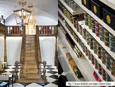 Quinoa Lisboa Coffee shop · Bakery · Restaurant Rua do Alecrim nº54, 1200-018 Lisbon, Portugal +351 21 347 9326 09:00 - 19:00