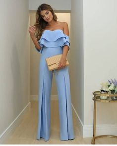 Palazzo Pants Outfit For Work. 14 Budget Palazzo Pant Outfits for Work You Should Try. Palazzo pants for fall casual and boho print. Classy Outfits, Chic Outfits, Trendy Outfits, Jumpsuit Outfit, Pants Outfit, Pantalon Costume, Jumpsuits For Women, Look Fashion, Fashion Women