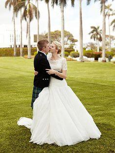 Elizabeth smart matthew gilmour wedding dresses