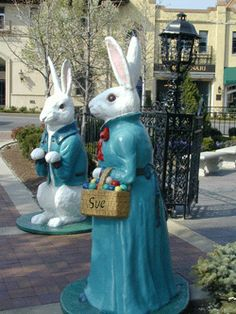 The Country Club Plaza Bunnies!  I love them.  They are all over the Plaza in the Spring.  When they were made in the 1930's, they had light bulbs for eyes...eeek.