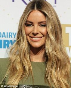 Leading celebrity hairstylist Lizzie Liros has shared how you can get Logie Awards hairstyles at home - including Delta Goodrem's, Sylvia Jeffreys' and Jennifer Hawkins'.