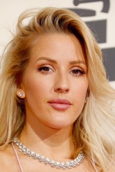 Pin for Later: Ellie Goulding's Grammys Beauty Will Make You Dream of Vacation Ellie Goulding at the 2016 Grammy Awards