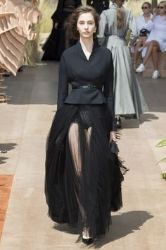 Christian Dior Fall 2017 Couture Collection Photos - Vogue/ 70th anniversary @andrahearty3
