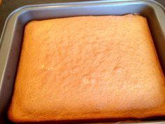 Erdbeerkuchen Strawberry Fields, Sweet And Salty, Sheet Pan, Hot Dog Buns, Cornbread, Cake Recipes, Food And Drink, Pasta, Cheese