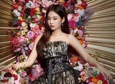 Black Pink Yes Please – BlackPink, the greatest Kpop girl group ever! Kim Jennie, Jenny Kim, Yg Entertainment, Divas, South Korean Women, Hip Hop, Blackpink Photos, Blackpink Fashion, Blackpink Jisoo
