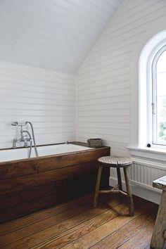 beautiful bath surround // A Norwegian cottage in Denmark