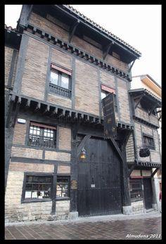restaurante-El-Portalón Vitoria  (buen comer.... mejor lugar)  Spain