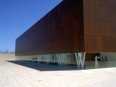 MUA. Museo Universitario de Alicante, ubicado en uno de los mejores campus universitarios de Europa