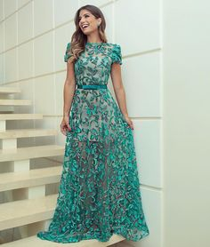 Linda da viver! @arianecanovas Deslumbrante! #vestido #vestidodefesta #festa #colecaonova #colecaopapillon #gabrielifurlan #atelier…