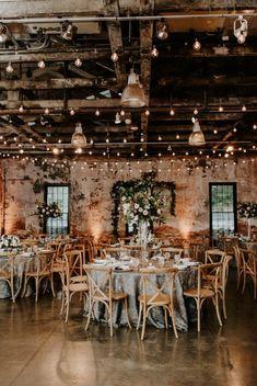 Elegant Wedding, Perfect Wedding, Dream Wedding, Modern Wedding Ideas, Indoor Wedding Inspiration, Romantic Weddings, Modern Wedding Venue, Wedding House, Wedding Pictures