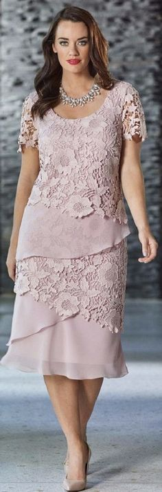 Fully lined dress Layers of chiffon and lace Lace sleeves Colour: Dusky Pink, also comes in Navy, Magenta/Bright Purple and Black Please Note You Can Buy A Matching Chiffon Jacket Or/And A Scarf (Contact Our Oakleigh Store on Mother Of Groom Dresses, Mothers Dresses, Sewing Dress, Mom Dress, Mode Inspiration, Special Occasion Dresses, Plus Size Dresses, Short Dresses, Lace Dresses