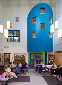 McAuliffe+Elementary+School:+Concord,+NH+/+HMFH+Architects;+Photographs:+©+2012+Ed+Wonsek