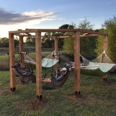 Garten Project Plans: Inviting Outdoor Seating – Patio Tables to Hammocks Separating The Good Weeds Diy Hammock, Backyard Hammock, Backyard Playground, Fire Pit Backyard, Backyard Patio, Hammocks, Hammock Swing Stand, Hammock Posts, Fire Pit Pergola