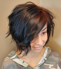 Amazing Graduated Bob Haircuts for Modern Ladies. When we say short hair, first comes to our minds bob cut hairstyles. And bob hair's one of the most. Graduated Bob Haircuts, Short Shag Hairstyles, Shaggy Haircuts, Asymmetrical Hairstyles, Feathered Hairstyles, Messy Hairstyles, Shaggy Bob, Wedding Hairstyles, Ladies Hairstyles