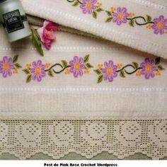 Barra Rosinha Crochet e Ponto Cruz