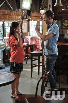 """Hart of Dixie -- """"Bar-Be-Q Burritos"""" -- Image Number: HA405a_0084.jpg -- Pictured (L-R): Rachel Bilson as Dr. Zoe Hart and Wilson Bethel as Wade -- Photo: Greg Gayne/The CW -- © 2015 The CW Network, LLC. All rights reserved.pn"""