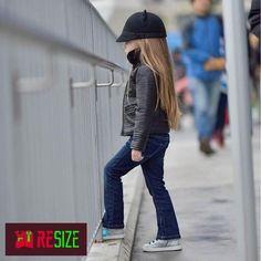 Стильная крошка! #resize #amurrs #amurresize #одежда #аксессуары #тренд #тренды #брэнд #amurglamlook #блага #благовещенск #blaga #blg #mojo #fashion #amurnet #blagalive #амгу #агма #бгпу #пед #дальгау #style #inflife #iinfinitylife #russia #beauty #hair #nail #followme by amur.resize
