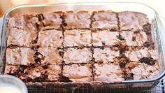 Brownies de Nutella Autor: Sol Toledo Edición:RecetasJudias.com Tipo de Receta:Galletas y Petit Fours Ingredientes ½ taza de mantequilla