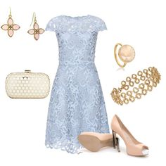 I love this periwinkle color!  Paired with the pink accessories, I think it'd make a lovely color scheme for a spring time wedding <3