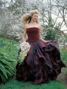Not as awesome as the other, but along the same lines. Tartan Wedding Dress, Scottish Wedding Dresses, Scottish Dress, Wedding Gowns, Scottish Women, Scottish Fashion, Lumberjack Wedding, Wedding Styles, Wedding Ideas