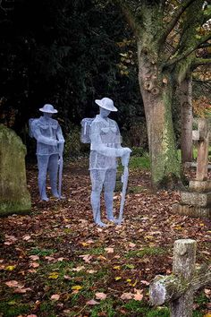 The wire soldiers - ghosts of soldiers silently standing over their graves in the St John's Churchyard, Slimbridge, England. - The wire soldiers – ghosts of soldiers silently standing over their graves in the St John's Chu - Remembrance Day Pictures, Remembrance Day Art, Julius Caesar, Michael Jackson, Chicken Wire Art, Ghost Soldiers, Anzac Day, Lest We Forget, Little Tattoos