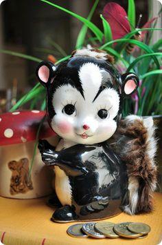 Alcancía de loza, zorrino, Japan - piggy skunk