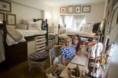 tcu dorms pictures | TCU students turn their cramped dorm room into a cozy sanctuary | Home ...