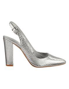 Wie werden Elegante Slingpumps mit hohem Absatz von MADELEINE Mode am besten kombiniert? Styling Tipps für Damen 50plus gibt es auf www.lady50plus.de