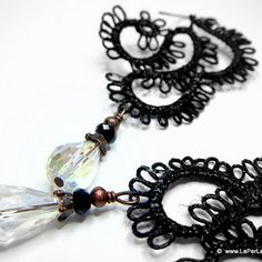 Victorian Lace Earrrigns - tatted lace earrings - BLACK RAINDROP