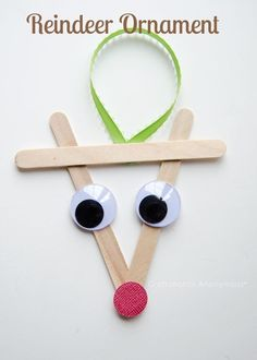 Reindeer ornament which is great for kids to make as gifts for grandparents!