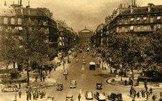 Paris-Avenue de l'Opéra-vers 1905.