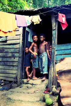 31 Stunning Pictures Chronicling The Everyday Life Of Children In The Dominican Republic | Bored Panda
