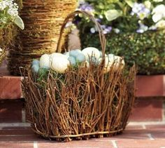 Easter and Spring Door Decoration Ideas_22