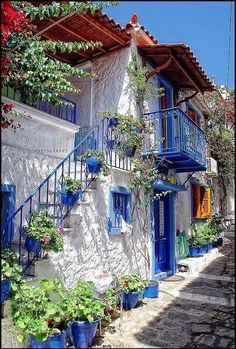 Уютные улочки Греции