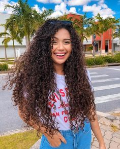 New hair tutorial curly natural curls ideas Natural Curls, Natural Hair Styles, Long Hair Styles, Long Curly Hair, Curly Girl, Biracial Hair, Curled Hairstyles, Belle Photo, Hairstyle Ideas
