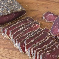 A Biltong recipe that produces consistent results with an authentic, traditional spice mix. A tasty South African snack enjoyed all over the world. Jerky Recipes, Meat Recipes, Oven Recipes, Sausage Recipes, South African Recipes, Best Meat, Some Recipe, Spice Mixes, Ferret